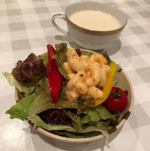 シャンティ食堂のサラダ1