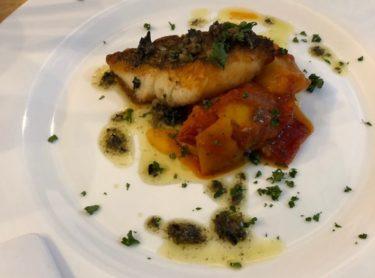 TAKCAFE・メインの魚料理