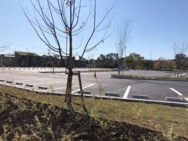 鶴間公園の駐車場