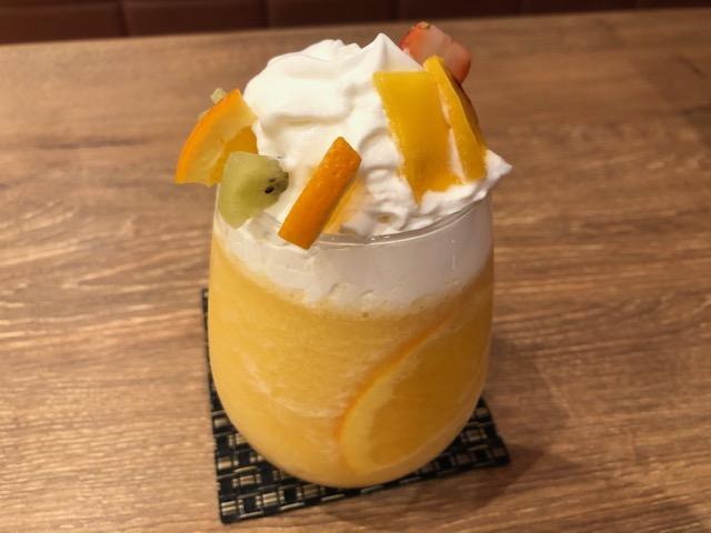 ジロー珈琲のフルーツスムージー2