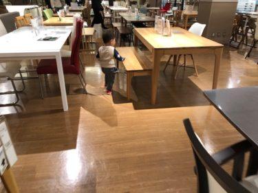 ニトリのダイニングテーブルコーナー
