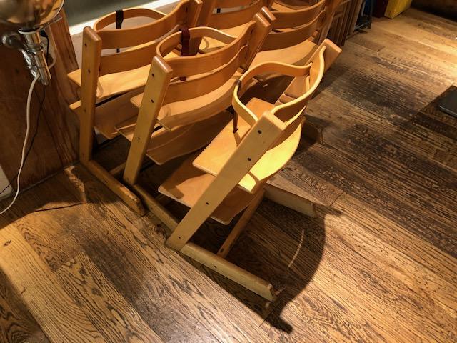 MUJIカフェ・子供椅子