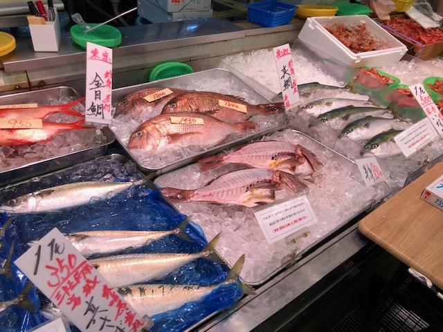 生鮮市場・角上の魚類コーナー1