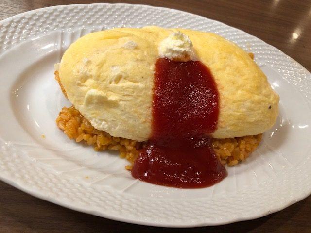 サロン卵と私・スフレ卵のオムライス1