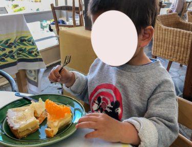 ア・ラ・カンパーニュ・食事風景