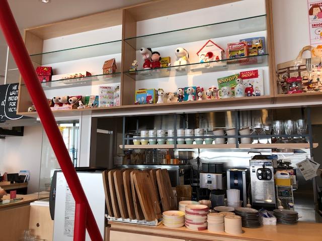ピーナッツカフェ・店内風景8
