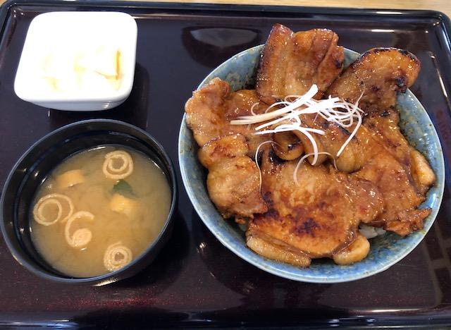 とんでん・北海道ぶた丼