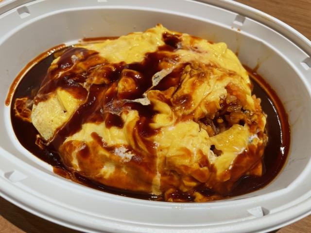 デニーズ・とろーり卵とチーズのオムライス