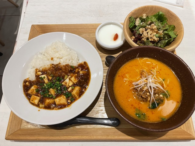 西安健菜キッチン・担々麺&麻婆ごはんセット