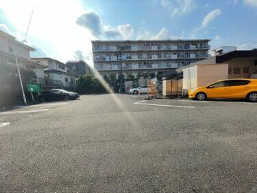 バーミヤン・駐車場